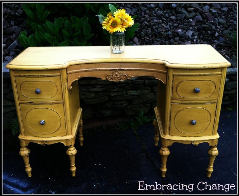 marigold-antique-vanity-makeover