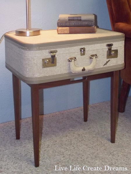 diy-vintage-suitcase-table-small-photo