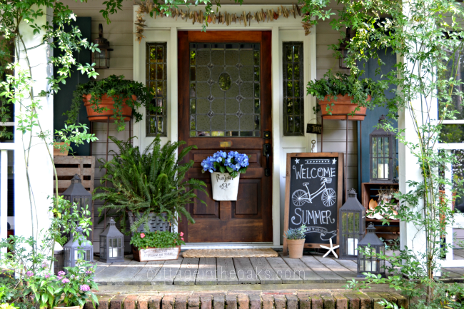 summer-front-porch-cottage-in-the-oaks