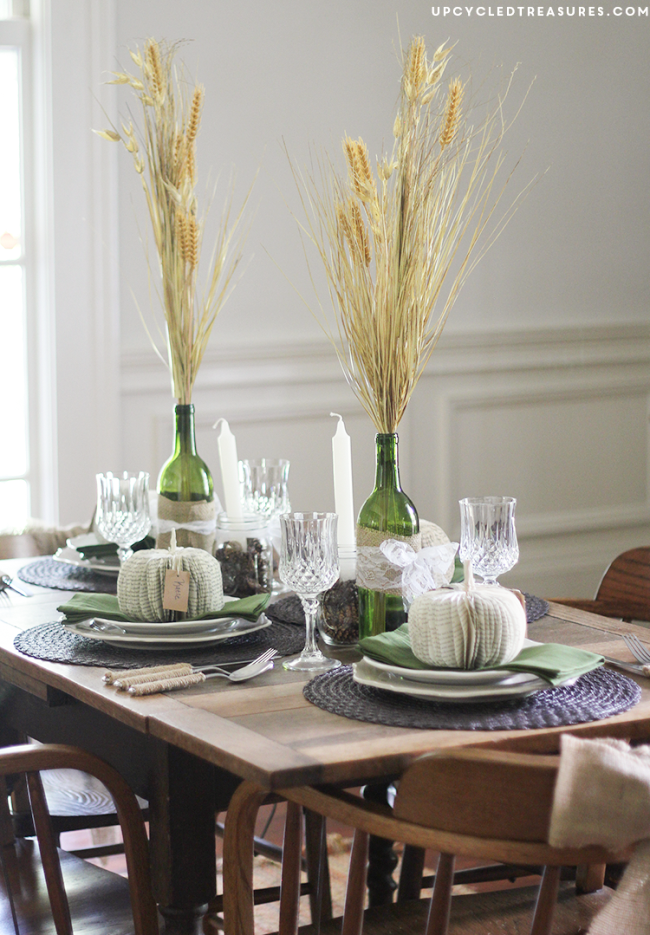 rustic-and-romantic-vintage-fall-tablescape-upcycledtreasures