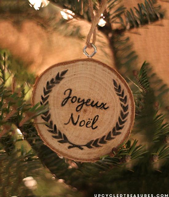 Noel Wood Slice Ornament
