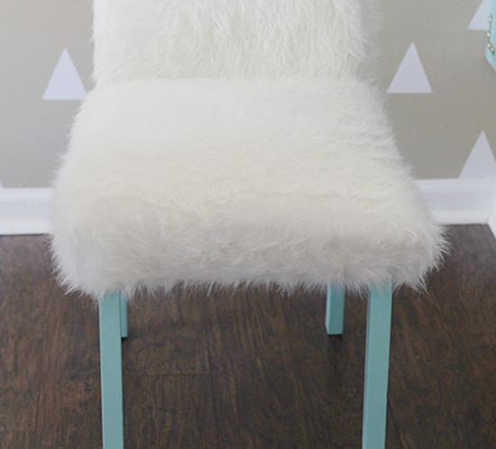 diy whimsical faux fur office chair makeover mountainmodernlife.com