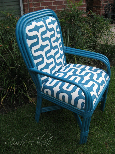 Blue-Chair-Makeover-Curbalert