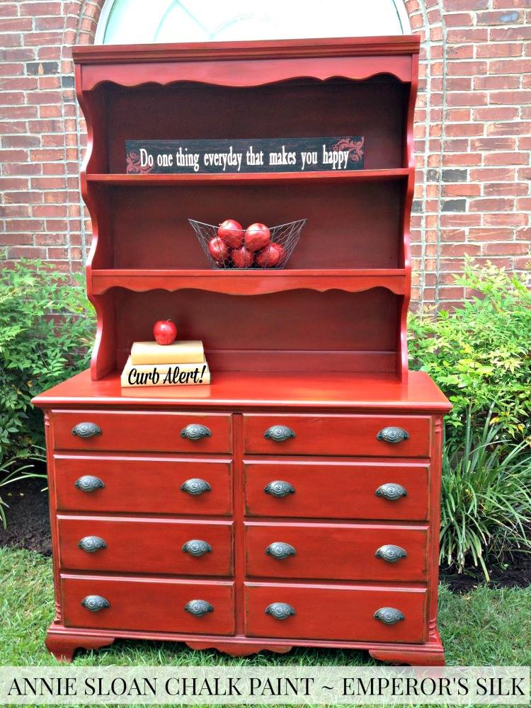red-hutch-transformation-curbalert-weekend-upcycle-inspiration
