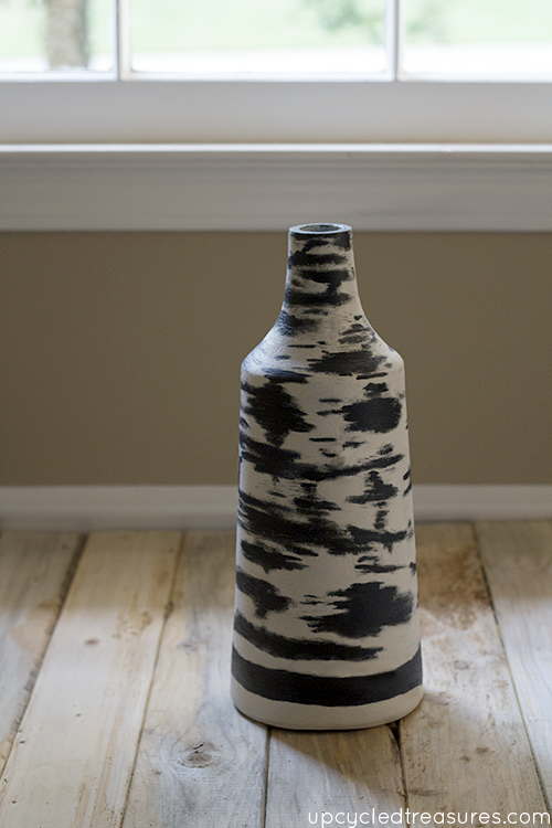 Are you looking for inspiration but can't seem to find it? Check out this Urban Outfitters Inspired Vase   MountainModernLife.com