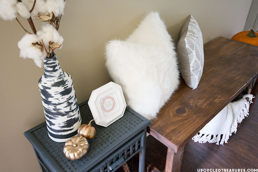 Rustic Woodland-Inspired Fall Home Tour | upcycledtreasures.com