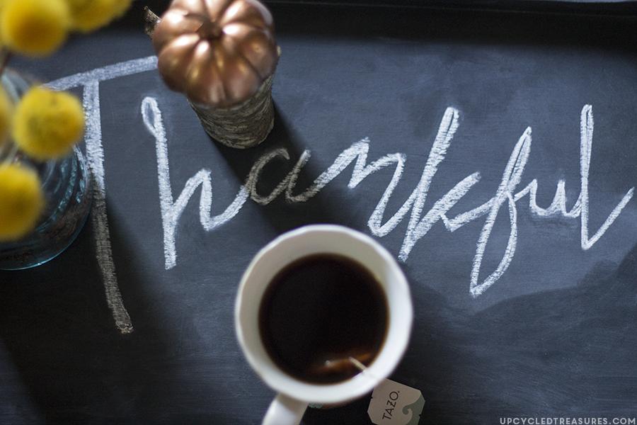 diy-chalkboard-tray-thankful-upcycledtreasures