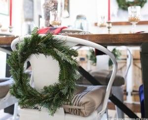 cozy-christmas-dining-room-decor-mountainmodernlife-com