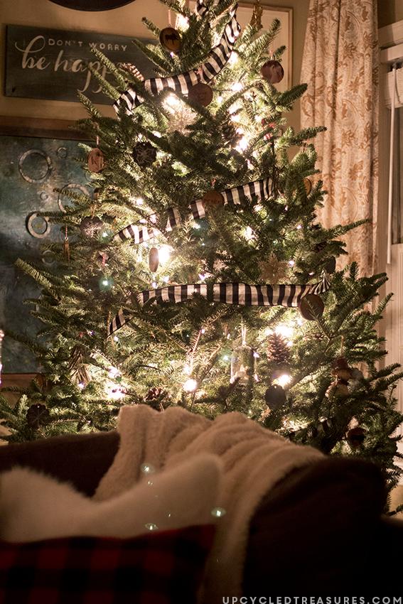 rustic-woodland-inspired-christmas-upcycledtreasures