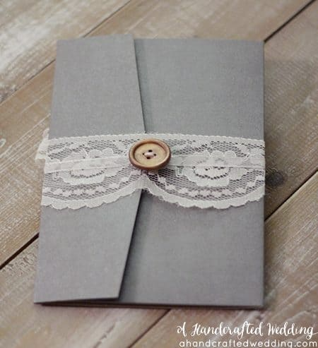 Rustic Wedding? Check out how to create these rustic wedding invitations + FREE Printable Templates! MountainModernLife.com