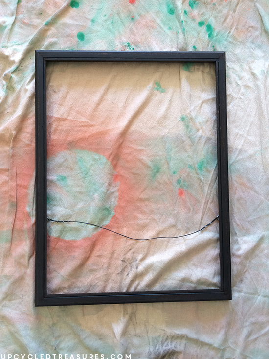 thrifted frame turned into marquee wall art - upcycledtreasures