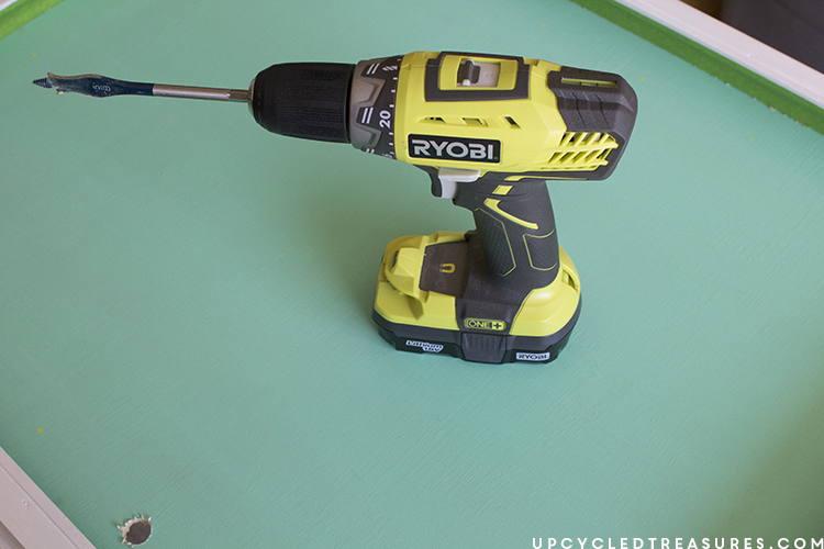 using ryobi drill and spade bit to make marquee sign - upcycledtreasures