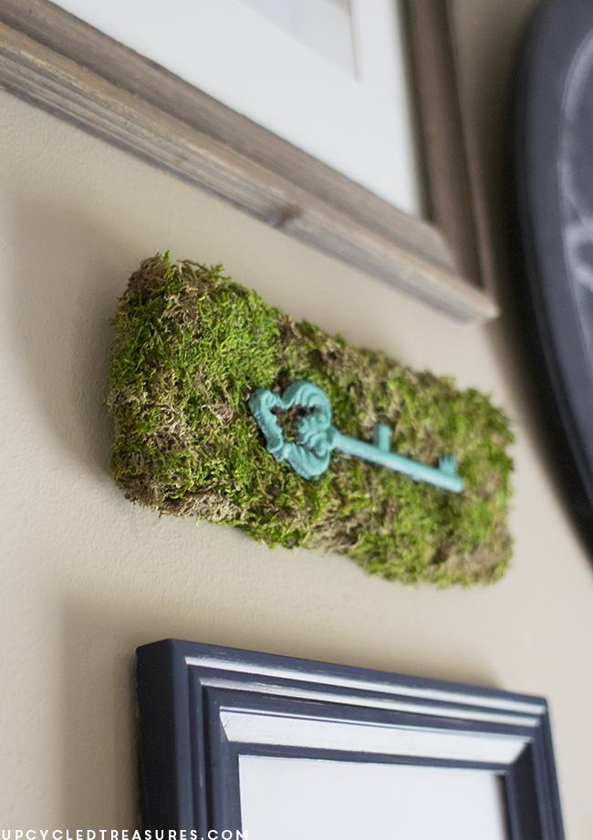 diy-moss-wall-art-for-gallery-wall
