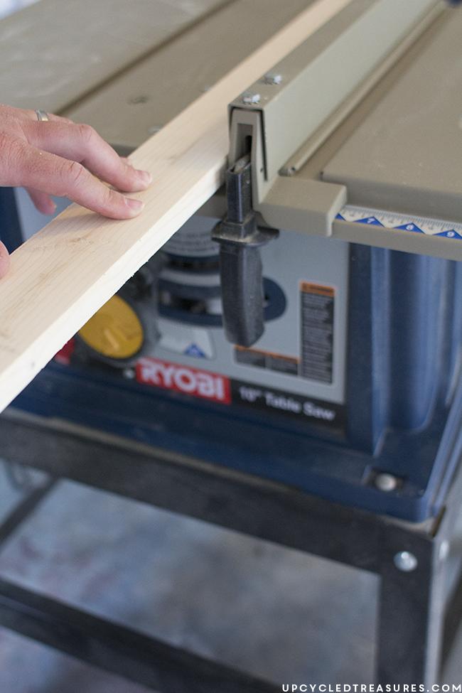 ryobi-table-saw-to-create-frame-upcycledtreasures