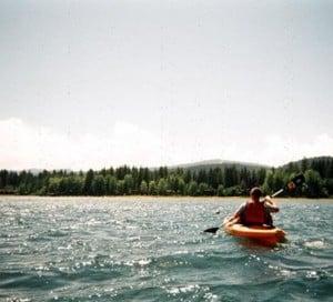 kayaking in tahoe mountainmodernlife.com