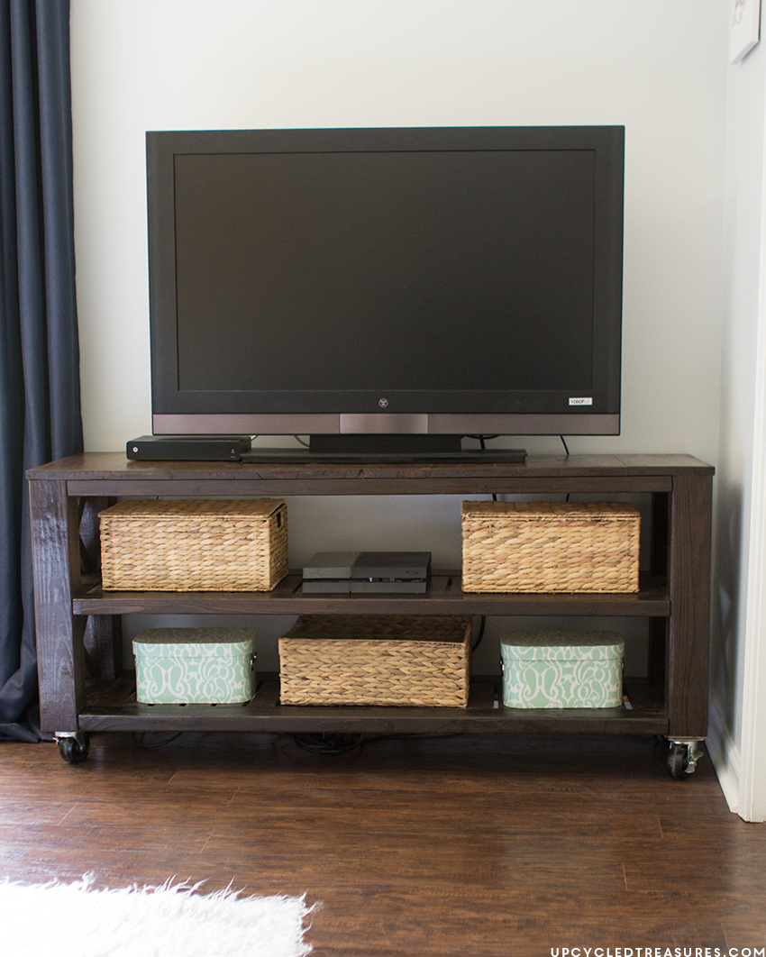 DIY-modern-rustic-console-table-upcycledtreasures