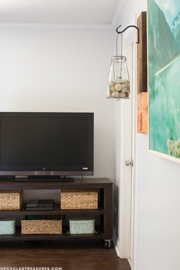 diy-rustic-tv-stand-for-modern-rustic-bedroom-upcycledtreasures