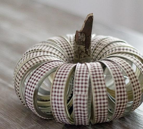 diy fabric tape mason jar lid pumpkin mountainmodernlife.com