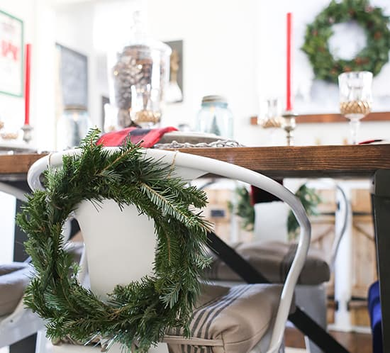 cabin-inspired-christmas-tablescape-mountainmodernlife-com-550
