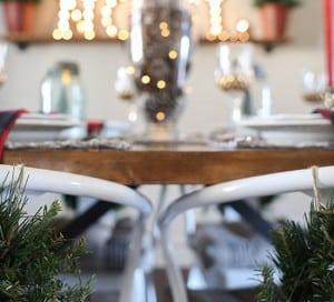 cozy rustic christmas dining room decor mountainmodernlife.com