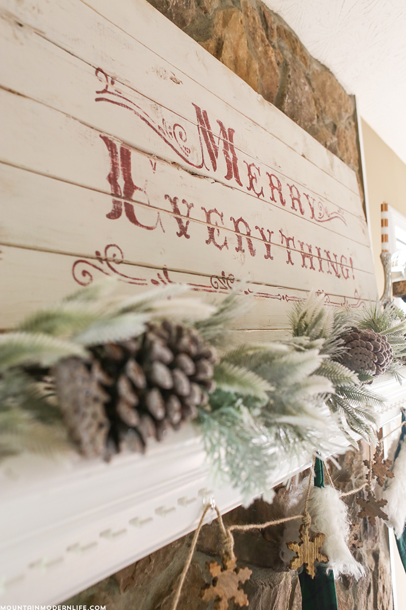 vintage-style-merry-everything-sign-on-wood-mountainmodernlife.com