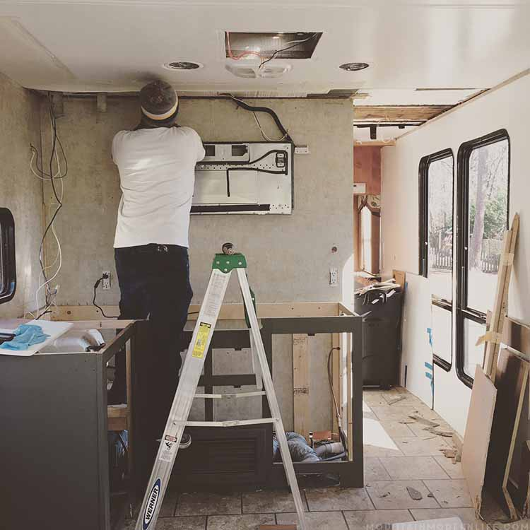 Thinking of buying a RV or travel trailer or do you already own one? Make sure you avoid this costly RV mistake! MountainModernLife.com