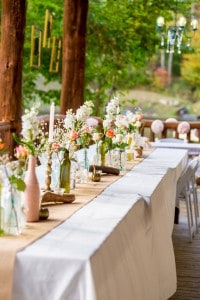 romantic-cabin-wedding-reception-facingthelens-mountainmodernlife.com