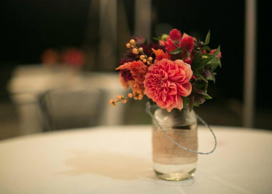 rustic-dahlia-wedding-centerpiece-rustic-wedding-chic