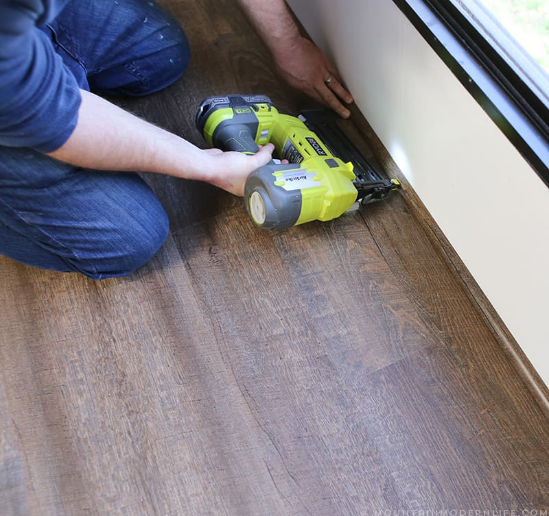 Installing Quarter Round Trim for Planked Flooring | MountainModernLife.com