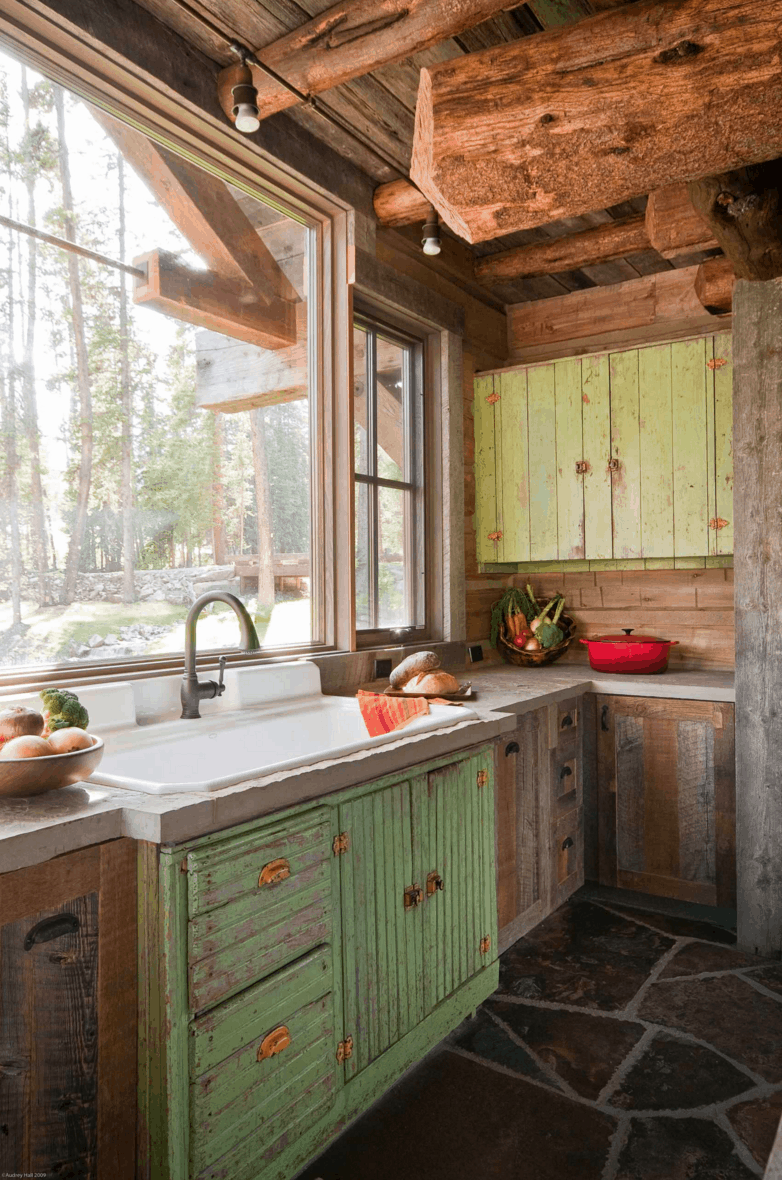 Rustic Montana Cabin by Dan Joseph Architects   Photo by Audrey Hall