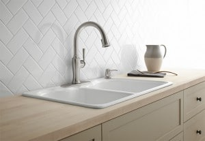 Looking for an easy kitchen update that will make a huge impact on both the form and function? Check out these new Kohler kitchen faucet designs!
