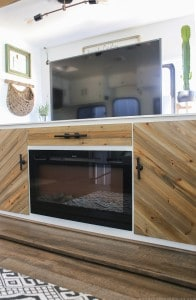 RV with TV lift