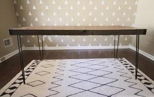 DIY Rustic Hairpin Style Desk | MountainModernLife.com