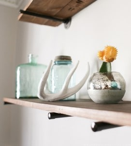 rustic-industrial-pipe-shelves-mountainmodernlife.com-17