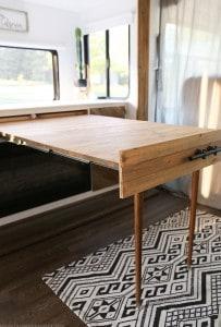 DIY Expanding table