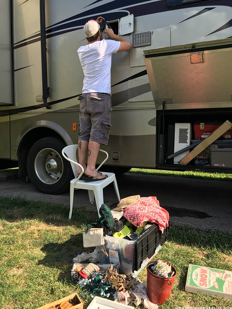 Going Nomad: 10 Lessons We've Learned after 2 Weeks on the Road in our RV | MountainModernLife.com
