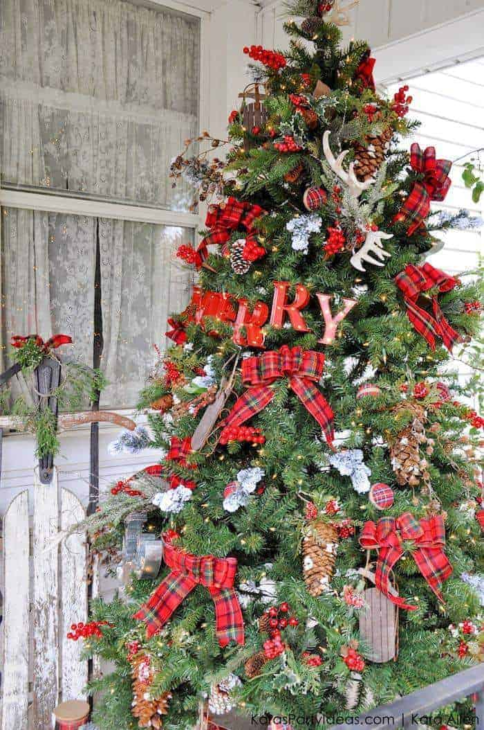 Rustic Cabin-Inspired Christmas Tree   Kara's Party Ideas