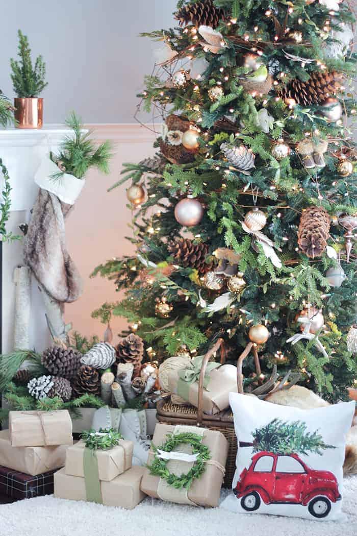 Rustic Neutral Christmas Tree   Craftberrybush