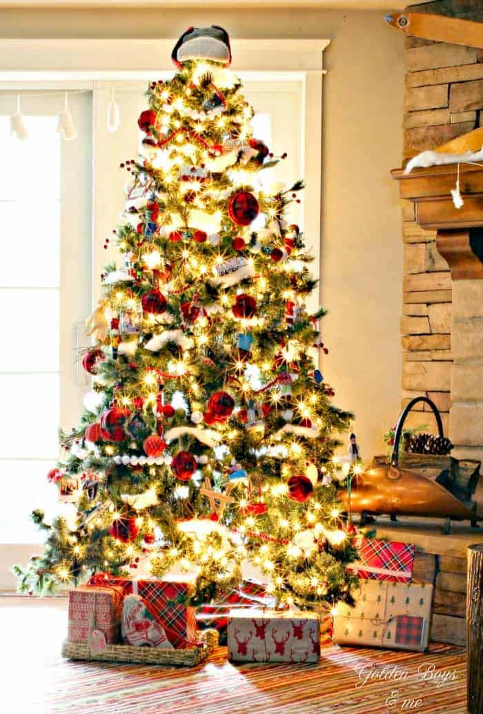 25 of the Most Inspiring Rustic Christmas Trees - Rustic Christmas Tree   Golden Boys & Me