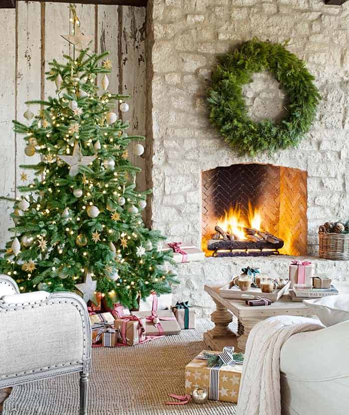 Rustic Christmas Tree   Country Living