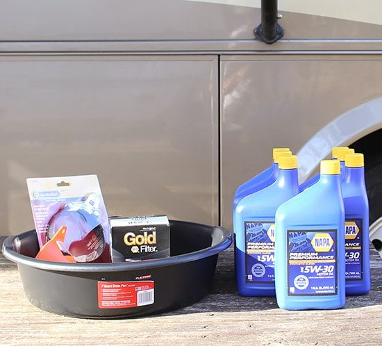 Changing the oil in a gas RV   MountainModernLife.com