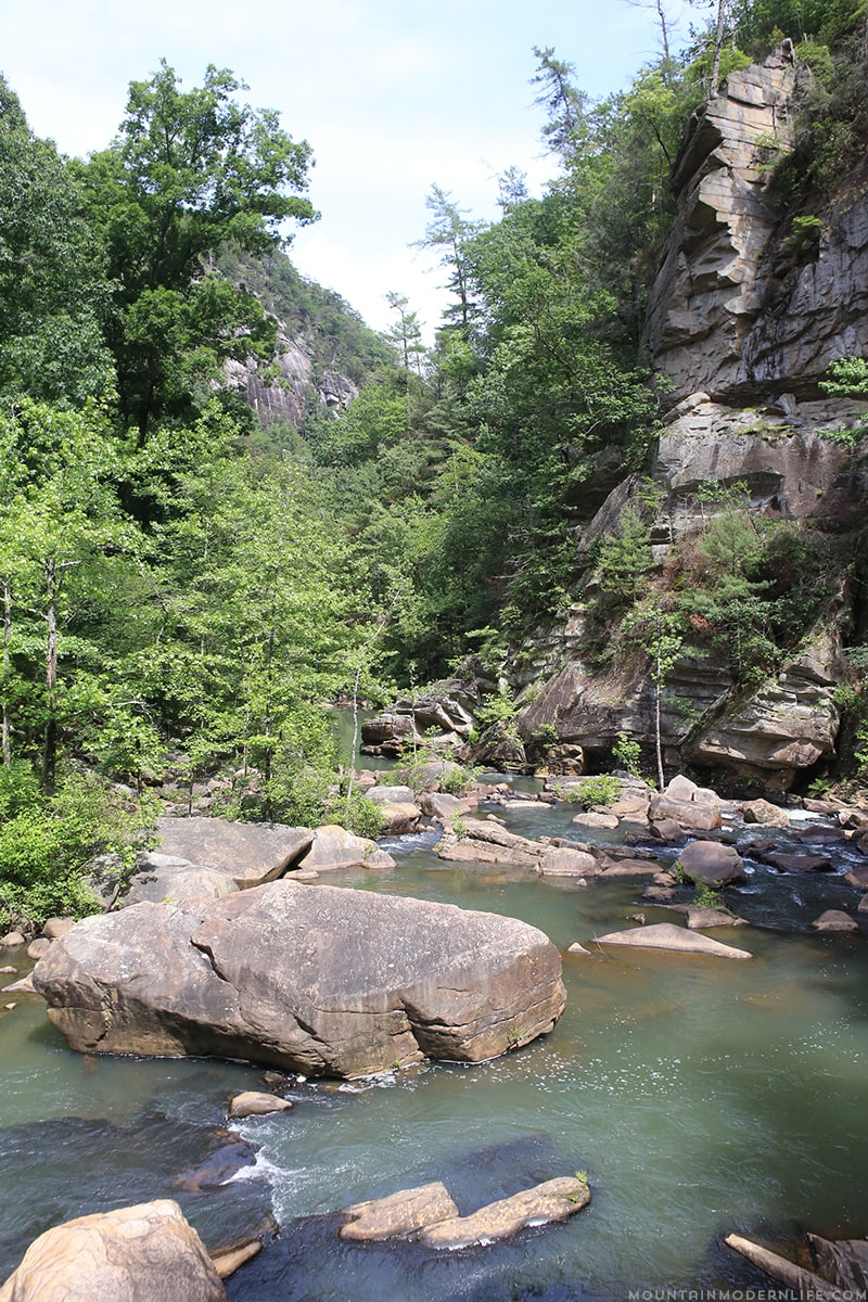 boulders-in-river-tallulah-gorge-state-park-mountainmodernlife.com