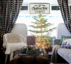 Cozy Cabin-Inspired Christmas in the Camper | MountainModernLife.com