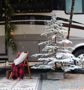 Flocked Christmas Tree using Sno-Flock