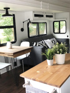 Tour this stunning fifth wheel transformation featured on (Camper) Design Vibes! MountainModernLife.com | Photo Source: Mrs_Elliluu (Instagram)