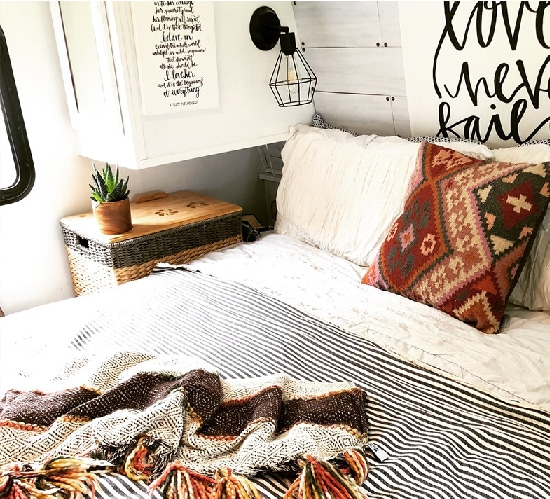 (Camper) Design Vibes Featuring ThoseByrneGirls: See how a family of 6 travels in this bohemian-inspired Camper! MountainModernLife.com