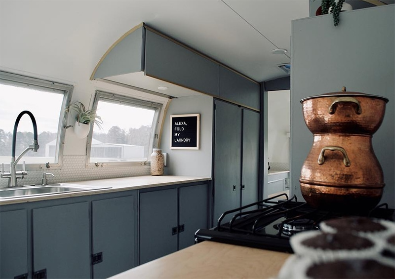 Camper Tour: Meet Magdalene the Airstream (for sale!), a vintage trailer renovated by @SteadyStreaminCashios   Featured on MountainModernLife.com