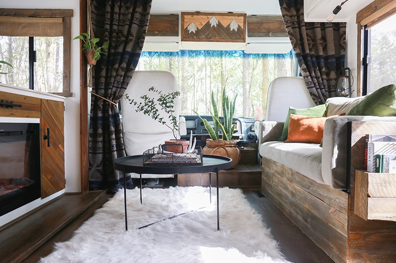 Our RV Curtains and My Secret to Finding Them - how I found the perfect Southwest-inspired curtains for our tiny home on wheels! MountainModernLife.com