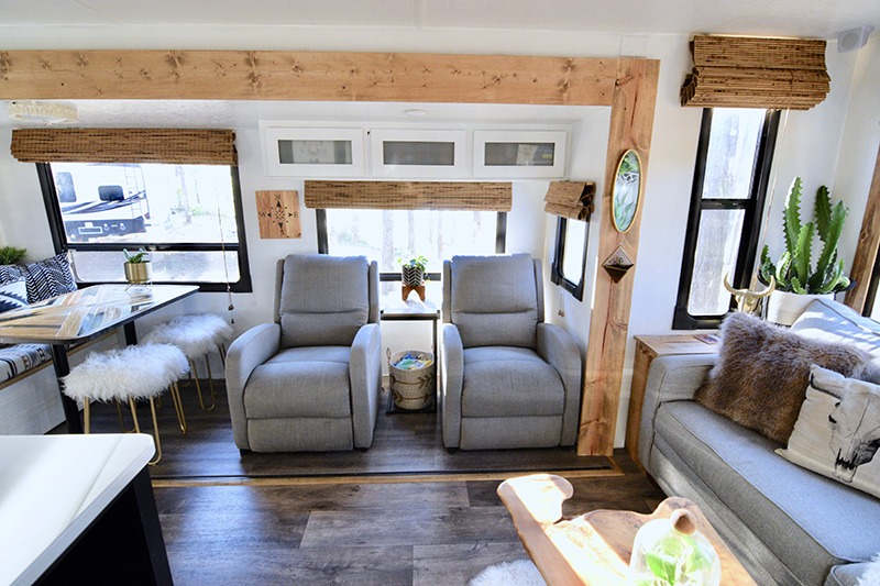 Renovated 2018 Forest River Wildwood 27REI from @TinCanRamblers! See the tour RV tour on MountainModernLife.com!
