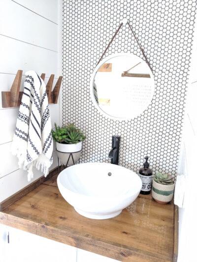 modern camper bathroom